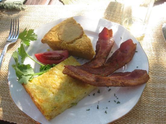 Country Sunshine Bed and Breakfast: gourmet breakfasts-the second course