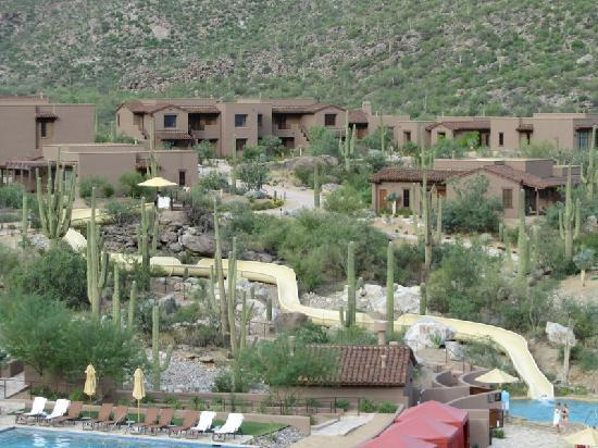The Ritz-Carlton, Dove Mountain: The water slide is a big hit with young and less young people