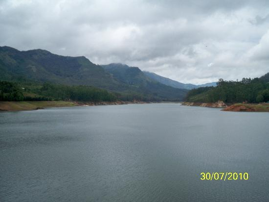 Munnar, India: The Lake