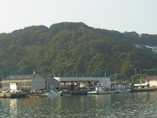 โรงแรม โตมิอูระ รอยัล มินามิโบโสะ: about 5 minutes' track and stairs to the beach area