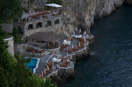 Santa Caterina Hotel : The pool area