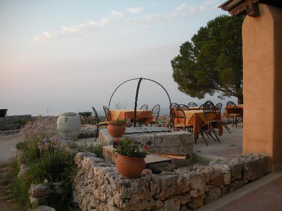 L 39 esterno del ristorante foto di avola antica avola for L esterno del ristorante sinonimo