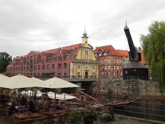Hotel Altes Kaufhaus: Hotelansicht von der Altstadt aus