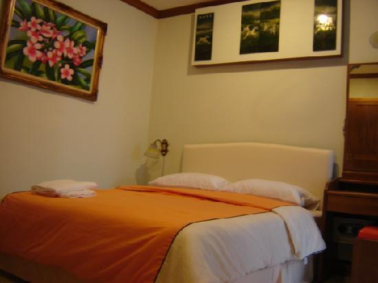 James Dean Bar and Guesthouse: Standard Room