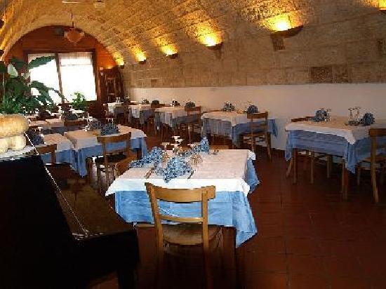 Tricase, إيطاليا: la piccola saletta, dove abbiam cenato ogni sera...