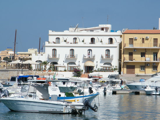 Photo of La Perla Hotel Lampedusa