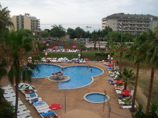 Hotel Mercury: Piscina h. 6,30 a.m.