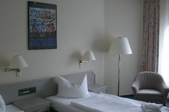 GOLD INN Alfa Hotel : Hotelzimmer 5.Stock