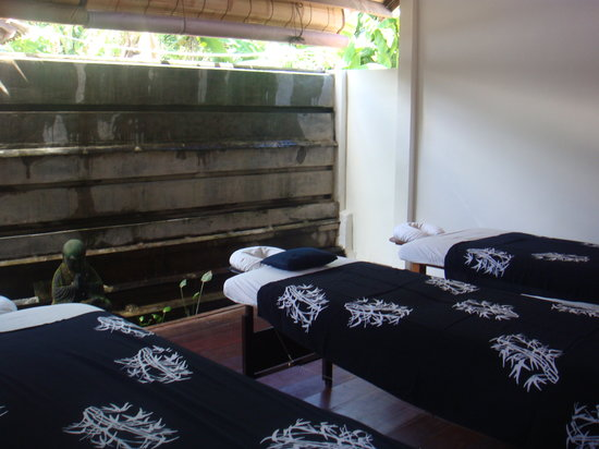 Seminyak, Indonesia: our massage room for 3