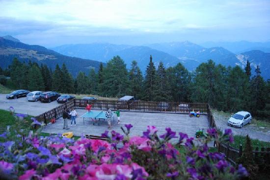 Greifenburg, Österreich: Jugando a ping pong
