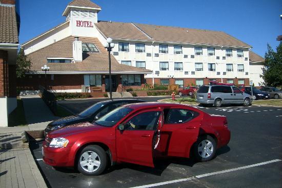 Quality Hotel Burlington: Ansicht von außen