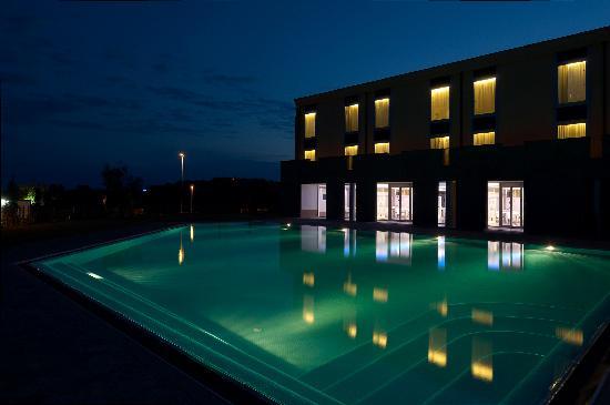 A Point Arezzo Park Hotel: romantica di notte