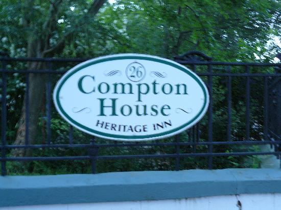 Compton House Bed & Breakfast: Compton House sign