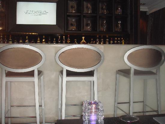 Sofitel Brussels Le Louise: Bar de l'hôtel