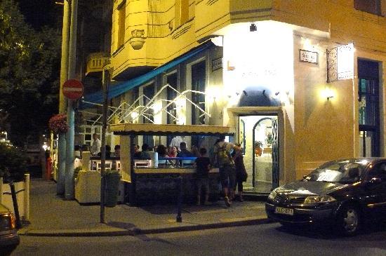 Taverna Dionysos : Summer evening