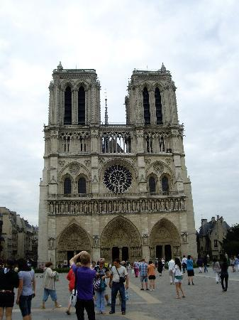 París, Francia: Notre Dame where you meet