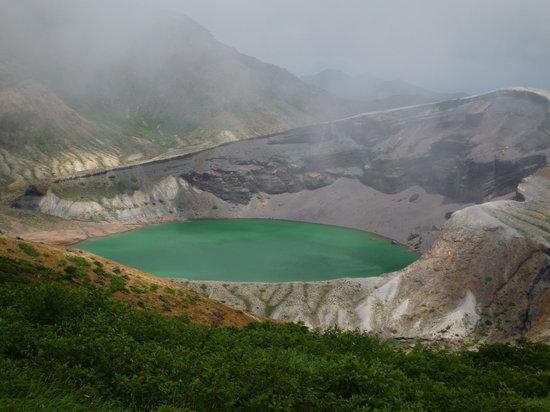 Zao-machi, اليابان: どんどん霧が晴れて、美しいグリーンが現れました