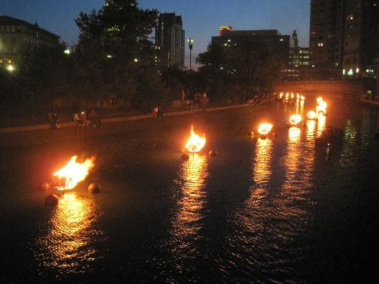 Providence Marriott Downtown: water fire