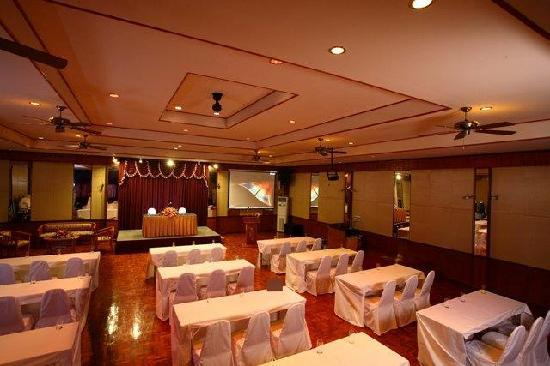 Palm Garden Hotel: EventRoom