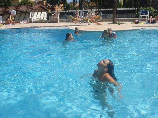 La piscine picture of camping eden biot tripadvisor for Camping la ciotat avec piscine
