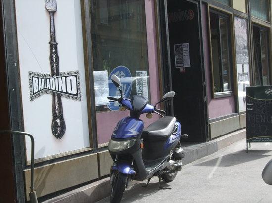 Bar Ladino
