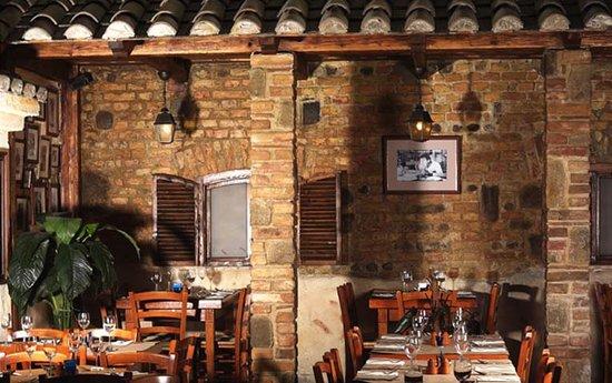 Trattoria Toscana : Main Room