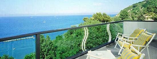 Hotel Majestic: Sala da Pranzo con Vista Panoramica