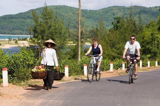 Vedana Lagoon Resort & Spa: vedana cycling