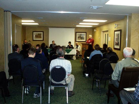 Village Inn of Lakefield : Meetings Retreats Conferencing