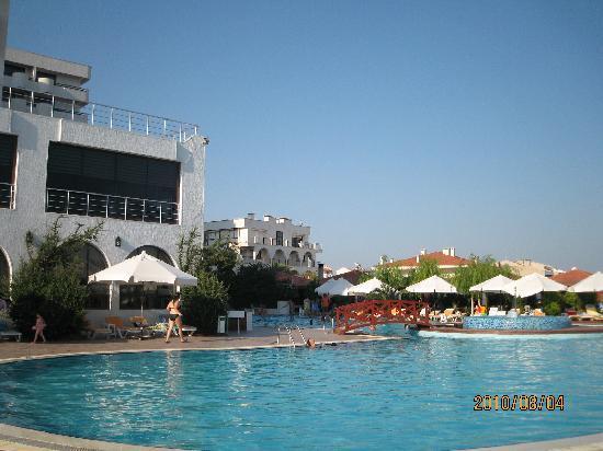 Grand Hotel Temizel: プール