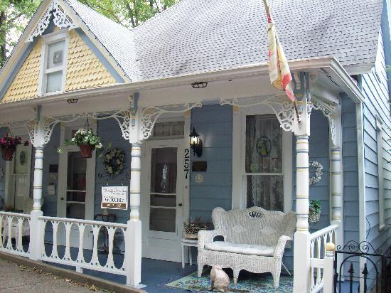 Chantilly Lace Inn: Such a charming inn.