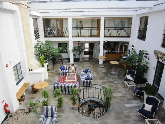 Hotell Gasslingen: Generous lobby area