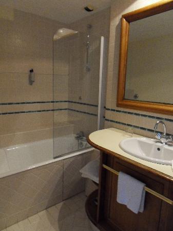 Larrau, France: salle de bain