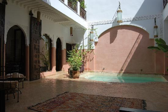 Riad Anya: the courtyard and dipping pool