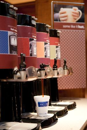 Hampton Inn Harrisburg East (Hershey Area): Fresh hot coffee is served 24 hours a day at our lobby coffee bar. Try the new Robust Blend or r