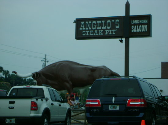 Angelo's Steak Pit : The BEST Steak ever @ ANGELO's