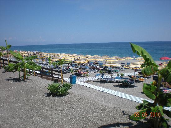 Atahotel Naxos Beach : la plage