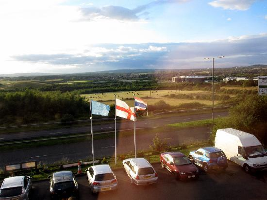Highfield Hotel: View from your balcony looking towards Sunderland