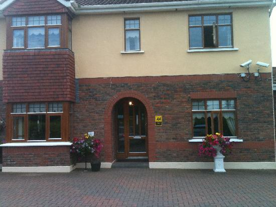Drogheda, Irlanda: Front of Windsor Lodge B & B