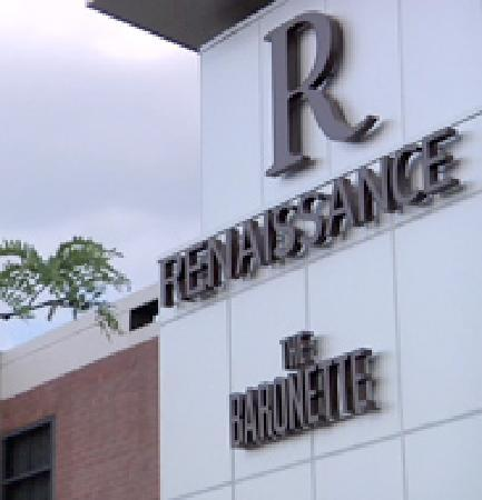 The Baronette Renaissance Detroit-Novi Hotel: The Baronette Renaissance, Michigan's Newest Gem