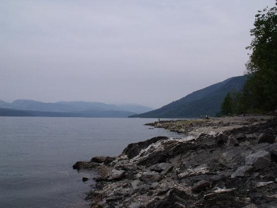 Serenity Views: Lakeshore Below Serenity Views