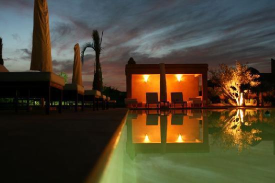 Villa JENAIMA Marrakech : la piscine