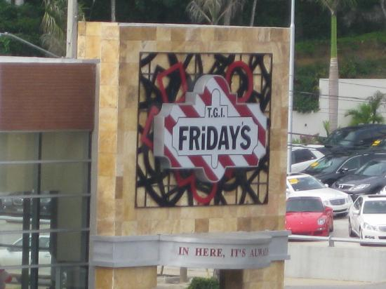 Hodelpa Gran Almirante Hotel & Casino: TGIF's right on the corner