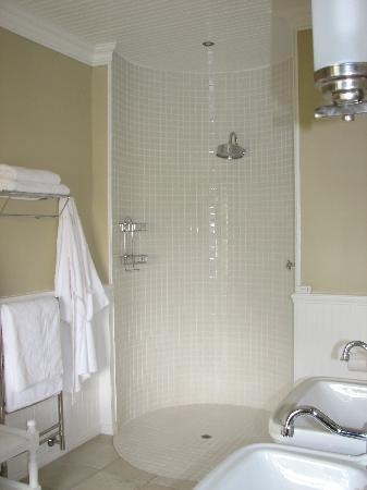 Schoone Oordt Country House : what a shower
