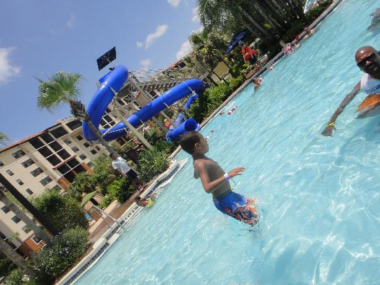 Holiday Inn Club Vacations At Orange Lake Resort: Waterslide