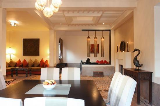 Villa 24 : Villa ABALYA : vaste séjour