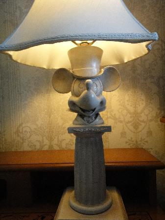 Disneyu0027s Grand Floridian Resort U0026 Spa: Mickey Mouse Lamp