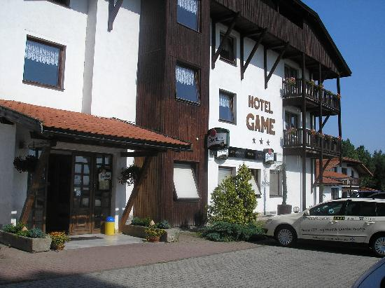 Hotel Game: entrance