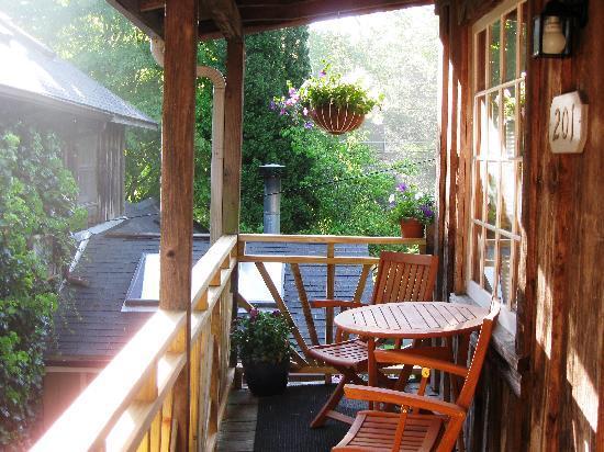 The Chandler Inn: Private balconies