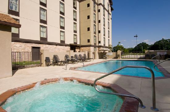 Drury Inn & Suites Lafayette: Pool